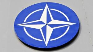 29_4_NATO logo laivan savupiipussa 16_63645891