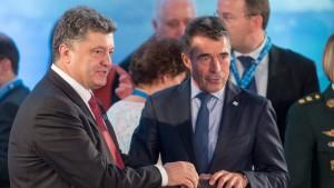 Petro Porosjenkó og Anders Fogh Rasmussen