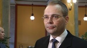 Jussi Niinistö, varnarmálaráðherra Finna.