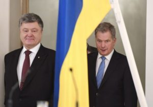 Petro Porosjenkó, forseti Úkraínu, og Sauli Niinistö, forseti Finnlands.
