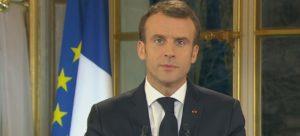 Emmanuel Macron fkytur sjónvarpsávrp 10. desember 2018.
