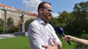 Ondrej Kolar, hverfisborgarstjóri í 6. hverfi í Prag, er undir lögregluvernd.